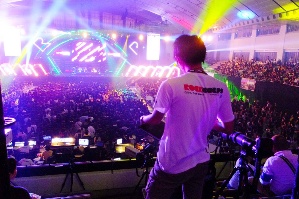 「RockCorps」のライブイベント現場から。華やかな現場のバックステージで活躍できるのも、私たちならではです。